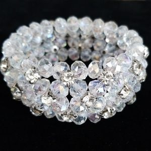 Jewelry - Beautiful Rhinestone Beaded Stretch Bracelet NWT